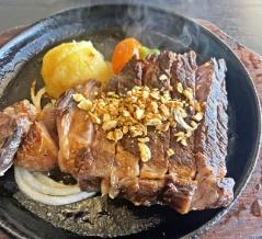 姫路 和牛ロースステーキ♪《キッチン五斗米》