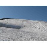 『今の月山の風景は新緑と雪とで綺麗です。』の画像