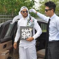 アイドルオタクになったアラブの石油王がヤバすぎると話題にwwwwwwwwwwww アイドルファンマスター