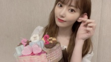 IZ*ONE、VLIVEで宮脇咲良の誕生日をお祝い