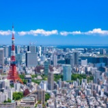 『【絶望】東京で普通に子供を2人育てるのに月◯◯万円が必要と判明!そりゃ少子化が悪化するわ』の画像