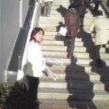 『戸田市議会議員さいとう直子さんが朝の駅立ち』の画像