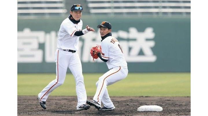 12球団UZRランキング!遊撃手は巨人坂本が5.0で2位!二塁手は巨人吉川が6.1で1位!