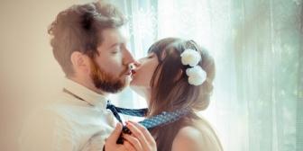どうしたら初彼女に男として認識してもらえるでしょうか?付き合って1ヶ月くらいで彼女からのボディータッチが急に増えて促される形でキスもしました。それからはデートの…