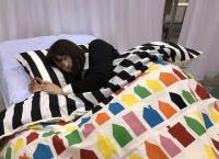 【画像】秋祭り「ベッドで大和田南那の寝顔撮影会」ワロタwww