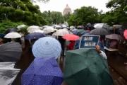 【国会前】「安倍政権は退陣を」集会に2万7000人