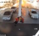 ガソリンスタンドの地下タンクが爆発炎上する様子を監視カメラがとらえた:負傷者なし
