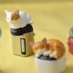 「炊飯器猫」と「ポット猫」がガチャフィギュアになった!「吾輩の定位置 ぬくぬく」