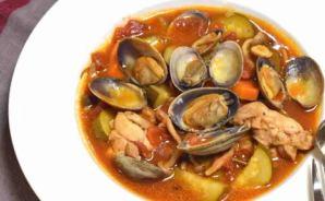 うま味たっぷりの簡単トマトスープ