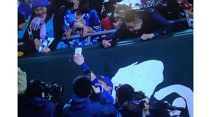 【 画像 】元巨人の村田修一さん、マツダで日本シリーズ出場が決まった筒香と激写される!?