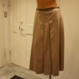 『DUAL VIEW(デュアルヴュー)フロントプリーツスカート』の画像