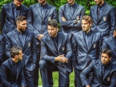 【画像】サッカーイタリア代表がゲームキャラのようだと世界中で話題…