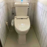 『《トイレ掃除にはクエン酸を活用!嫌なニオイがしないトイレをキープする方法》』の画像