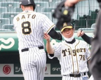 阪神2軍 12安打9得点の快勝で17連勝 佐藤輝の二塁打で好機拡大、終盤に突き放す