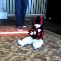 【動画】 赤ちゃんにライトセイバーを持たせるとこうなります。