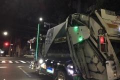 ゴミ収集車のデコトラ仕様、ご覧ください
