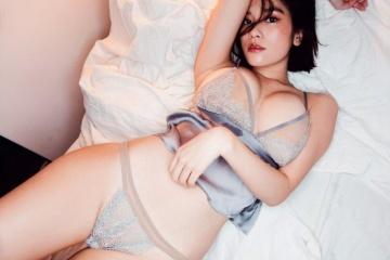 筧美和子の下着姿でマ0マ0の形があらわに