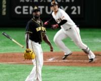 【阪神】逆転許す。ガルシアが岡本に逆転二塁打許す。阿部にも加点打。