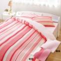 布団カバーを替えてベッドルームを手軽にイメージチェ…