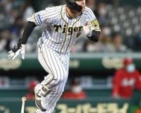 【阪神】佐藤輝が約2カ月ぶりの二塁打!犠飛で生還、先制に貢献!