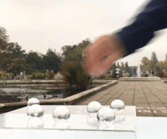 【エコ速報】「食べられる給水ボトル」がロンドンマラソンに登場。プラごみ削減への取り組み
