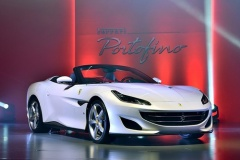 Ferrari、変革に媚びず 1台当たり利益1200万円 (トヨタは21万円)