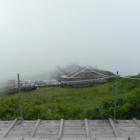 『大山山頂の避難小屋はこんな感じでした^^』の画像