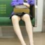 【パンチラ】車売って電車で通勤しようかなと思える、電車内でのパンチラ【画像】13枚