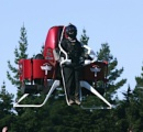 【通勤にはコレ】背負い型飛行装置遂に市販!2400万円~ 苦痛な満員電車&渋滞から解放へ