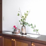 『花とグリーンのある暮らし! 花とグリーンを飾るときのポイント4つ!!』の画像