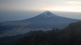 富士山で神奈川の大学生が遭難か…「時間切れ、帰るわ」のメールを最後に連絡が途絶える