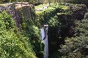 【大分】「残念」「名城にはあまりに不自然」 天空の城「岡城跡」に白いコンクリート、修復工事に不満の声…竹田市