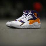 『3/21 予約受付開始 3/28発売予定 Nike Air Flight Huarache 'Lakers'』の画像