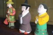 朝鮮通信使は江戸時代の人に韓流スターの様な人気があった→「鶏返せの間違いでは」