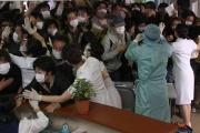 安全厨「ヒトヒト感染はない!空気感染もない!日本の医療なら死者出ない!」←これ何だったの?