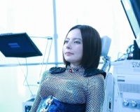 【画像】◯ッキーさん、アンドロイド役で体形くっきりなスーツを着て撮影。