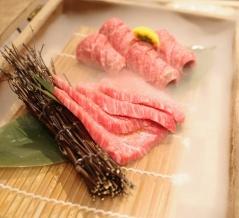 【恵比寿】プライベート感たっぷりの個室で極上焼肉を味わう「肉の匠 将泰庵」