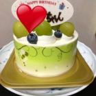 『今日はホールのケーキを買うと約束していたので夕方買いました!』の画像