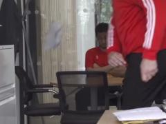 【動画】新任の選手教育担当にゴミ投げ付けられるサウサンプトン吉田麻也www