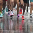 【悲報】ウィーンマラソン優勝者、『シューズが厚底すぎて』失格処分に