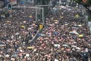 今から香港のデモを見てこようと思うんやが