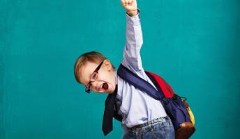 30年前の小学生「気!小宇宙!」15年前の小学生「チャクラ!カクゴ!霊圧!」今の小学生「」