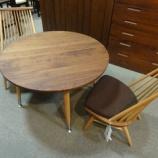 『【2011年6月26日まで・飛騨の家具期間限定セール】 柏木工のCIVILシリーズのサロンテーブルCT73とサロンチェアCC56』の画像