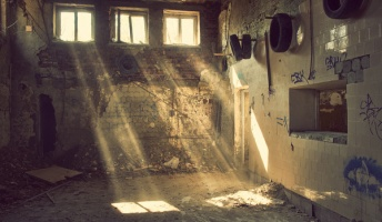 海に沈んだ地下鉄や秘密の施設!怖いけどなぜか魅かれる海外の廃墟20