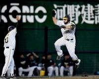 阪神ロサリオ、バレンティンの助言で11試合ぶり本塁打!