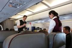 飛行機の乗客から受けた無茶な要求 「窓を開けてもらってもいいですか?」 (´・ω:;.:...