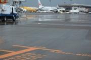 【成田空港】タイ人が航空機走行エリア350m逃走 入国認められず「タイに帰りたくなかった」