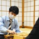 われらが藤井聡太七段、史上最年少(17歳10か月20日)でタイトル初挑戦決定 棋聖戦挑決を制す