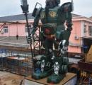 【画像】中国・浙江省に、高さ9.8メートル、重さ約10トンの巨大な「関羽ロボ」が現れる