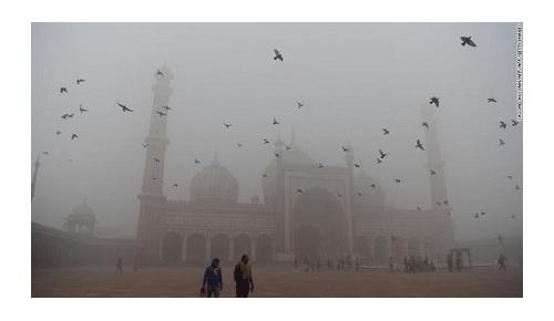 北京を超えるインド首都ニューデリーの大気汚染、現地から悲痛な声が殺到